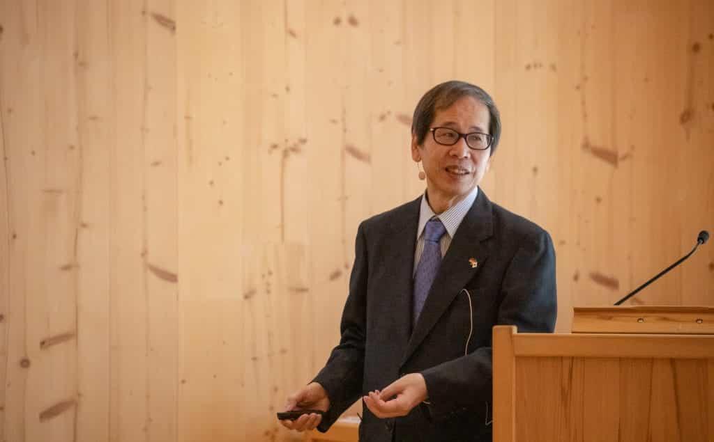 """Vortrag """"Förderung von Holzbau in Japan"""" durch Herrn Prof. Dr. Motoi Yasumura; Shizuoka University"""